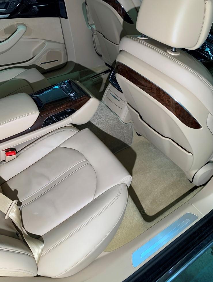 Химчистка Audi A8 01